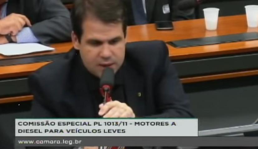 Em Comissão Aueo defende projeto de veículos utilitários movidos a óleo diesel