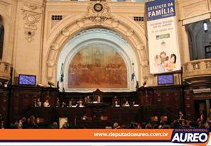 Deputado Aureo promove encontro na ALERJ para tratar do Estatuto da Família