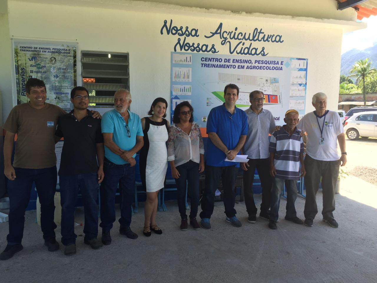 Visitando o Centro de Ensino, Pesquisa e Treinamento em Agroecologia, no município de Magé