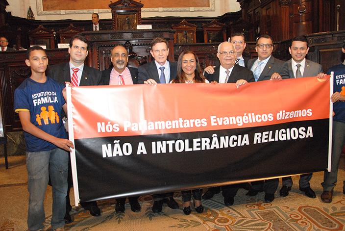 Deputados fazem ato contra intolerância religiosa