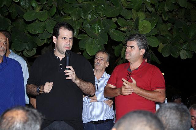 Aureo participa do Lançamento das Obras de Drenagem e Pavimentação na Taquara.