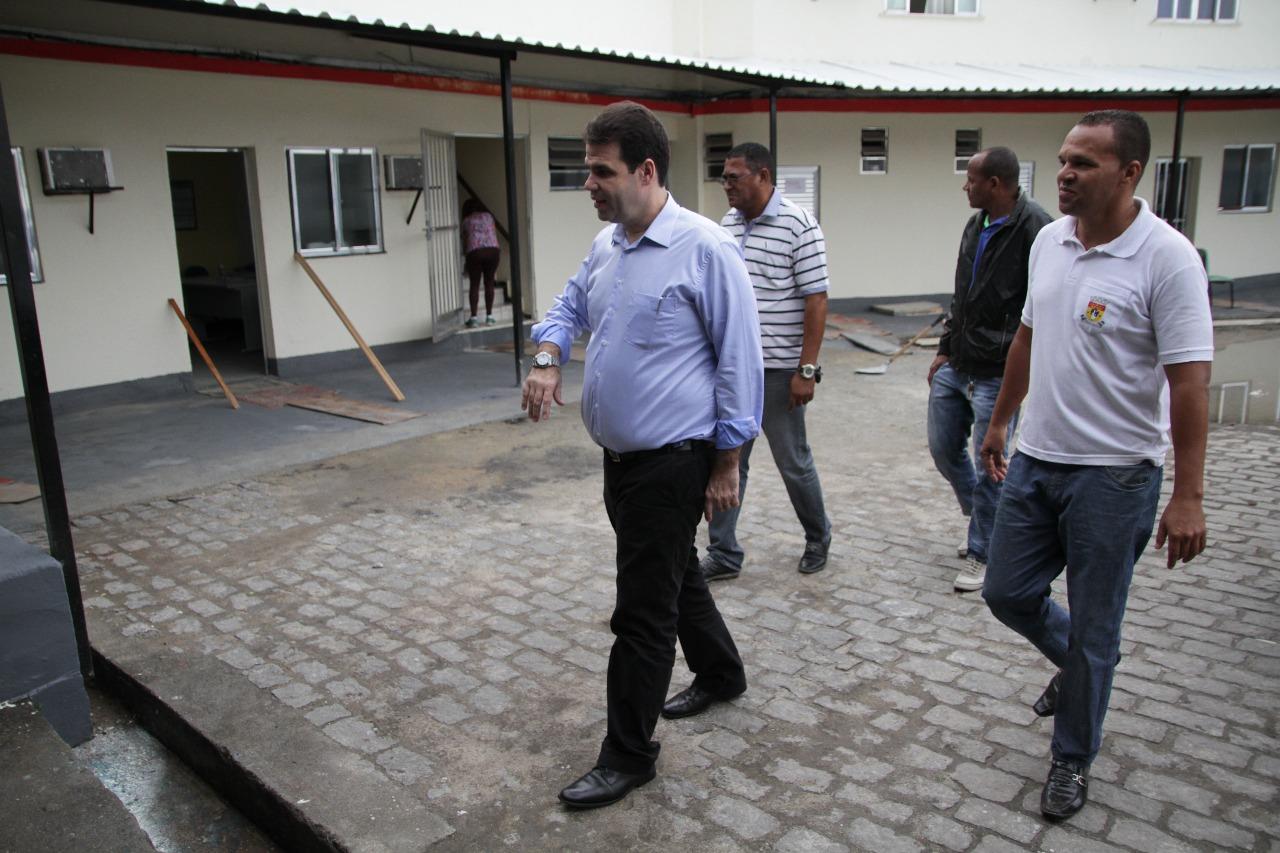 Aureo visita as instalações Coordenação de combate à Dengue em Duque de Caxias – CAMPOS ELISIOS