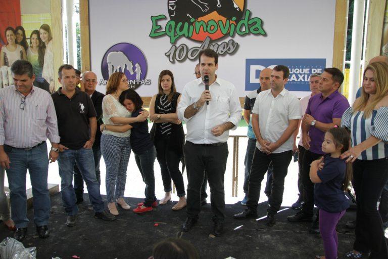 Aureo paticipa da festa em comemoração aos dez anos do Projeto Equinovida