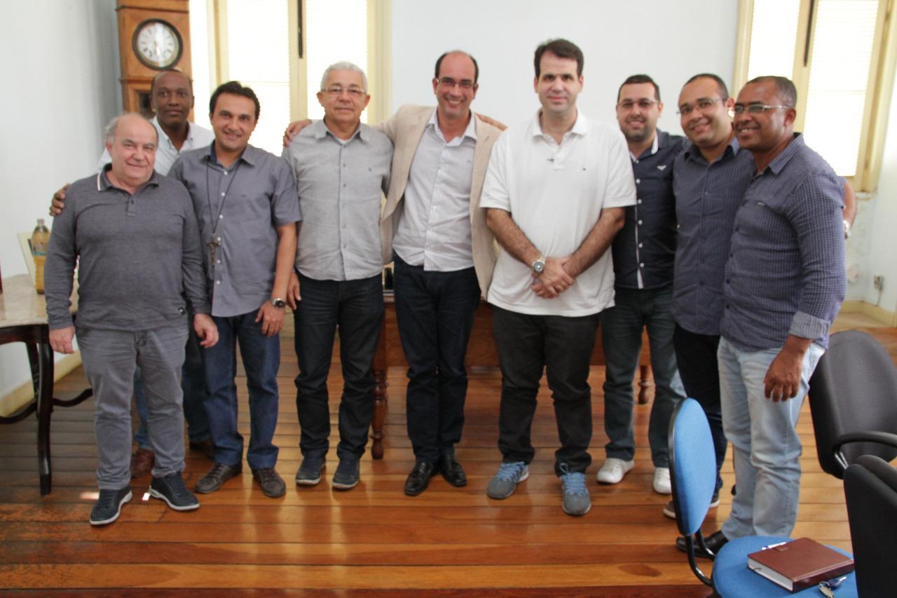 Aureo em reunião com o prefeito de Paraíba do Sul, Dr. Alessandro Bouzada
