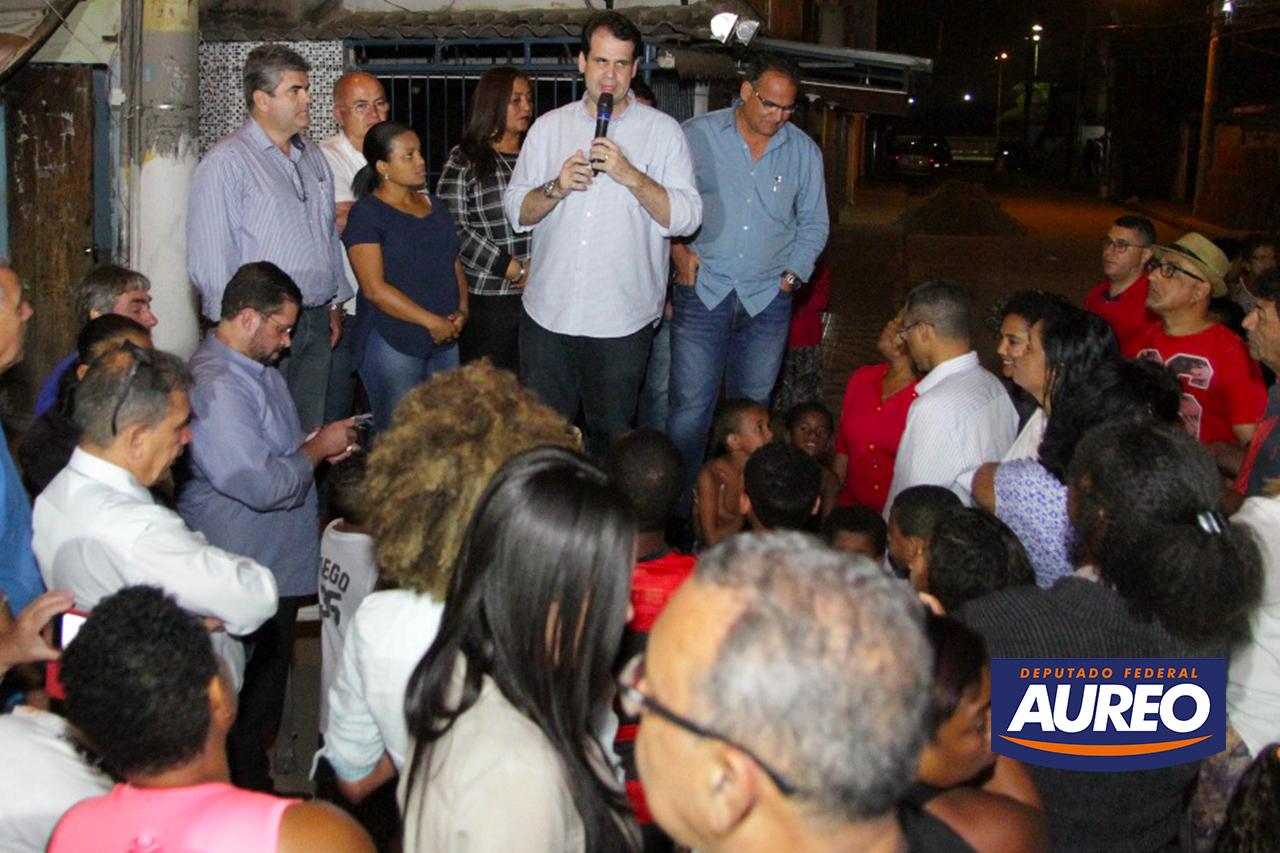 Aureo no lançamento das obras de construção da Unidade Básica de Saúde, no Parque das Missões em Duque de Caxias