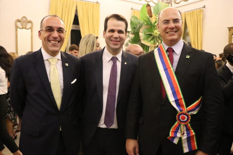 O deputado Aureo Ribeiro foi o único político a receber a homenagem, ao lado do governador Wilson Witzel