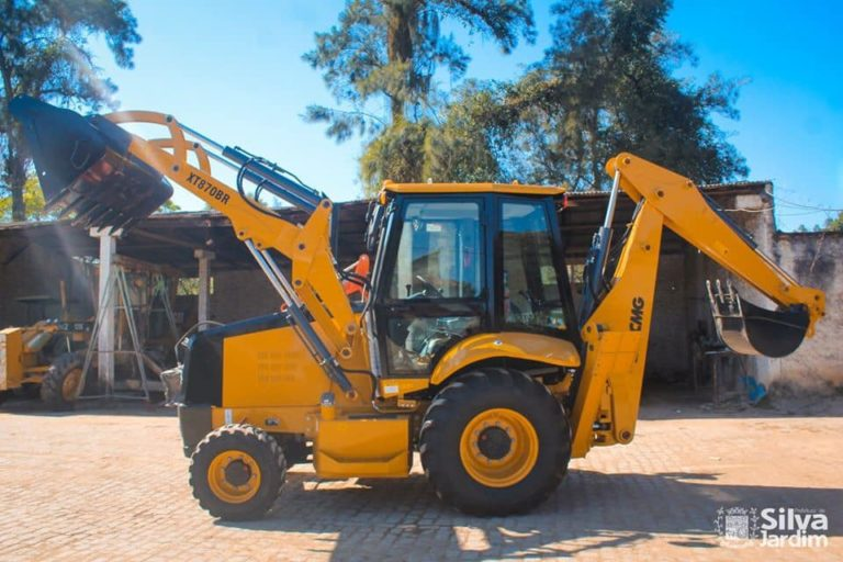Silva Jardim ganha equipamentos para a agricultura