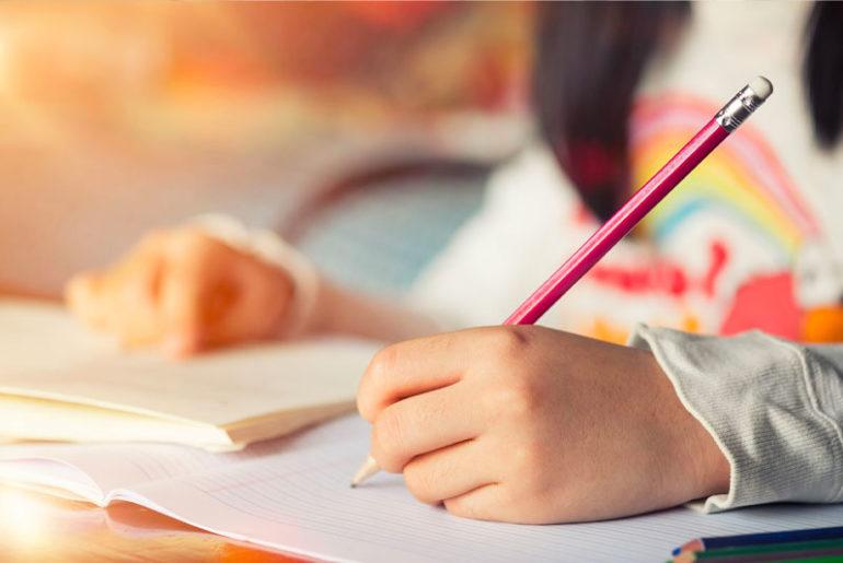 Read more about the article Pandemia atrasa alfabetização no Brasil