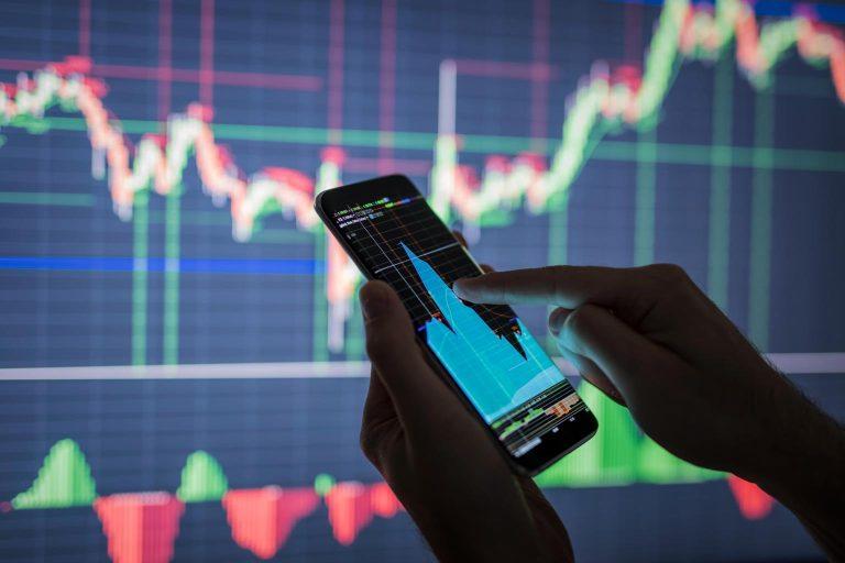 Read more about the article Cuidados ao investir em moedas digitais