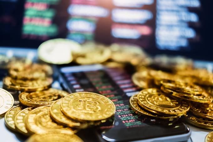You are currently viewing Pirâmides financeiras com moedas digitais